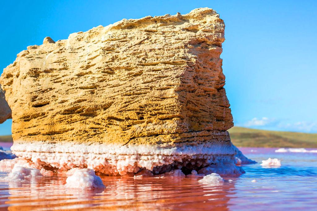 Озеро Сасык-Сиваш в Крыму: волшебная вода